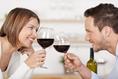 RED WINE: WINE FOR YOUTHFUL LOOK