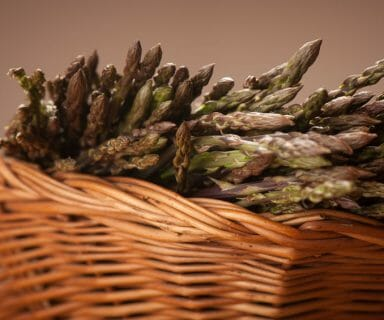 asparagus as healthy spring food