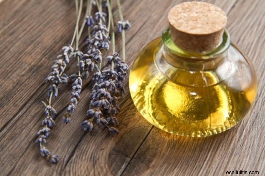 lavender oil - aromatic oil for skin problems