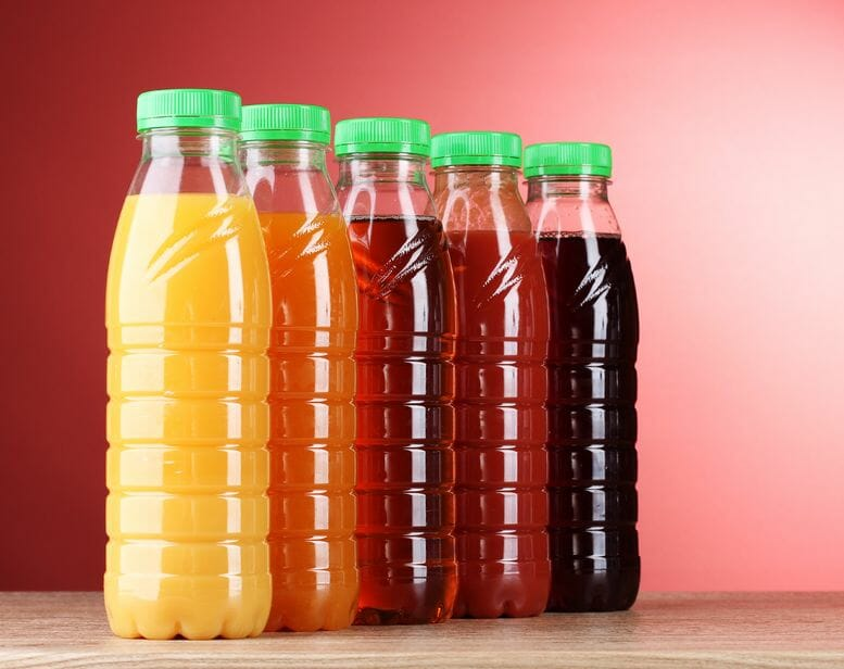 an examination of regular and diet soda Sugar-sweetened beverage consumption among adults — 18 states, 2012  do not include diet soda or diet pop  prevalence of consumption of regular.