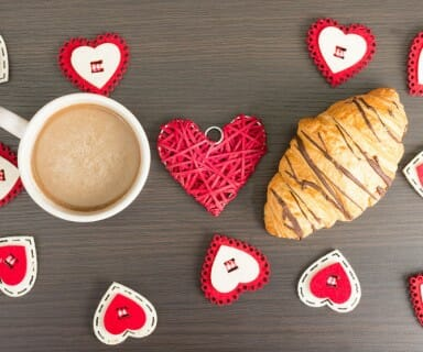 Foodies, Heat Up Valentine's Day With 6 Delicious Deserts
